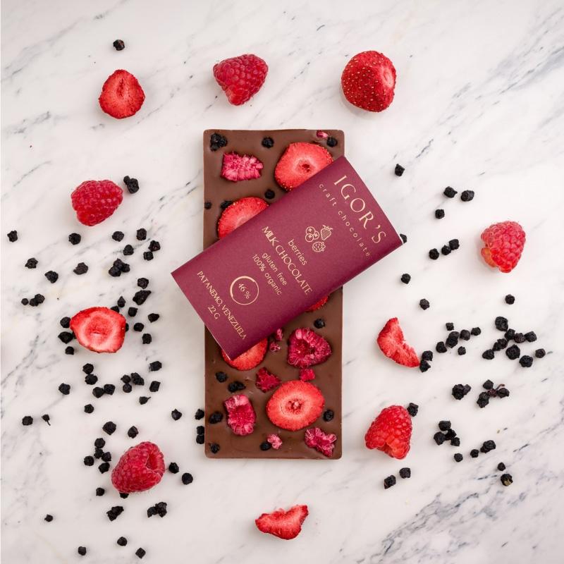 Шоколад с сублимироваными ягодами